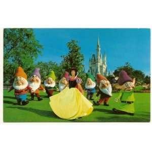 Walt Disney World Magic Kingdom Snow white and the seven