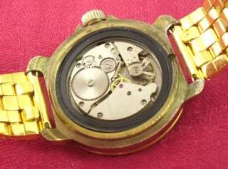 Komandirskie Russian Vintage Men Wrist watch. Anchor on dial. Metal