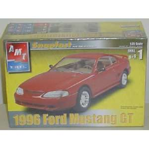 #31801 AMT/Ertl Snap Fast 1996 Ford Mustang GT 1/25 Scale