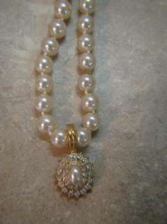 ROMAN BRAND Costume Jewelry PEARL & CRYSTALS NECKLACE/PENDANT