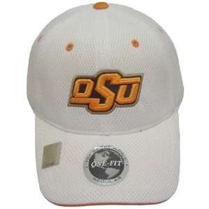 OKLAHOMA STATE COWBOYS OFFICIAL NCAA LOGO ONE FIT PERFORMANCE HAT CAP