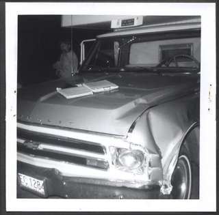 Vintage Truck Wreck Photo 1968 Chevy Chevrolet Pickup Camper 711211