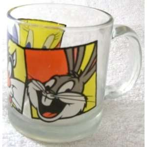 Warner Bros 1994 LOONEY TUNES Tweety, Sylvester, Bunny Bugs Glass Mug