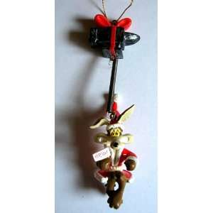 Looney Tunes Wile E. Coyote Christmas Ornament