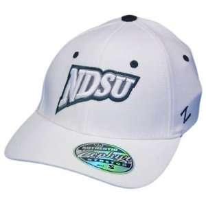 NCAA NDSU NORTH DAKOTA BISON ZEPHYR FLEX FIT MD LG HAT