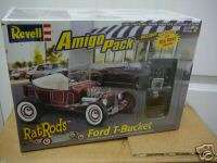 25 FORD T BUCKET AMIGO PACK RAT ROD   REVELL 85 6689