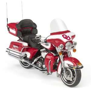 Harley Davidson Ultra Classic Electra Glide Diecast Motorcycle 112