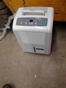 Soleus Air SG DEH 45 1 45 Pint Capacity Dehumidifier