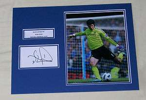 PETR CECH CHELSEA HAND SIGNED AUTOGRAPH PHOTO MOUNT
