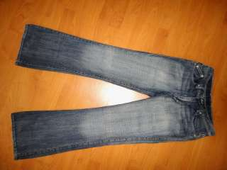 ROCK & REPUBLIC VICTORIA BECKHAM LOW BOOT CUT JEANS 28
