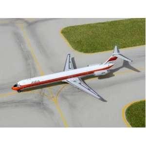 Gemini Jets 1250 Scale PSA MD 82 Model Airplane