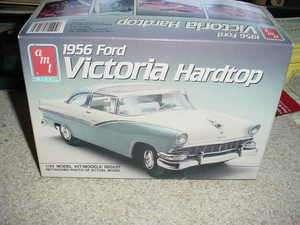 25 1956 Ford Victoria Hardtop AMT/ERTL OOP