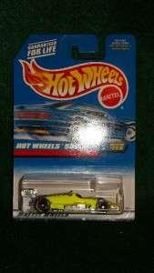HOTWHEELS 500 INDY RACE CAR COLLECTOR # 773 MOC HANDY RACING
