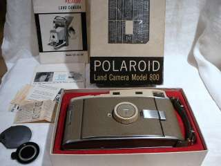 VINTAGE POLAROID LAND CAMERA MODEL 800 IN ORIGINAL BOX WITH MANUAL