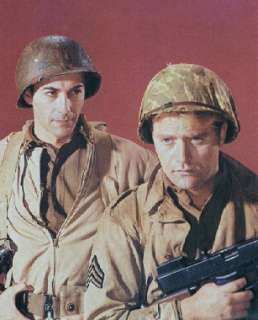 Rick Jason as Lt. Gil Hanley and Vic Morrow as Sgt. Chip Saunders in